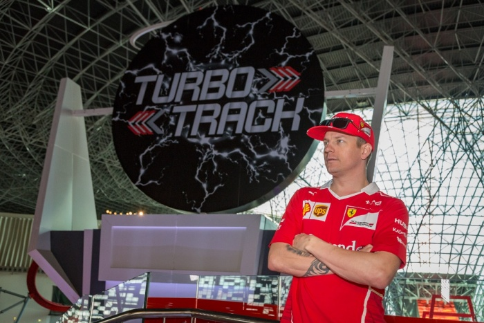 News: Räikkönen calls in at Ferrari World Abu Dhabi ahead of Formula 1 Grand Prix