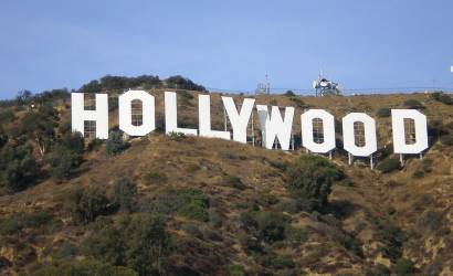 Los Angeles pulls in record holiday crowds during 2011