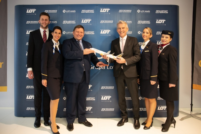 LOT Polish Airlines to acquire Condor