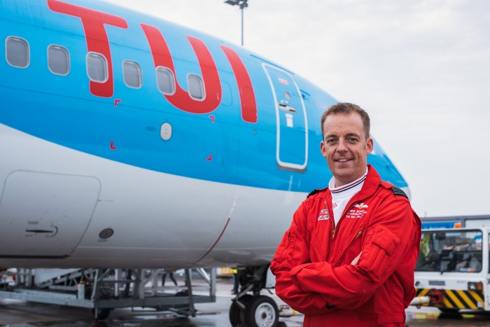 Red Arrows return for TUI Airways pilot