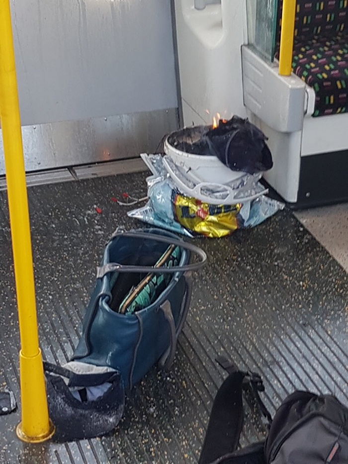 Explosion on London Underground train at Parsons Green