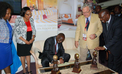 Kenyan vice president congratulates Leopard Beach Resort on World Travel Awards win