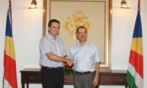 British High Commissioner bids farewell to Seychelles