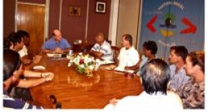 Seychelles boat charter owners and skippers meet with Minister for Tourism