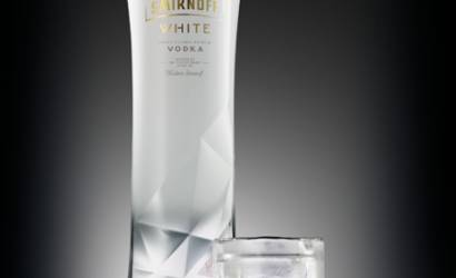 Smirnoff White launches exclusively to global travellers