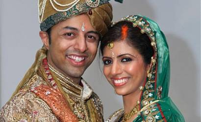 "Honeymoon murder suspect Shrien Dewani told ""gay escort"" he wanted way out of marriage"
