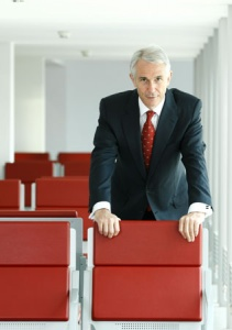 IATA 2011: New leadership for industry leading body