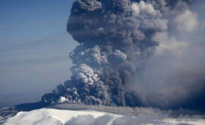 New study reveals economic pressures during 2010 ash cloud