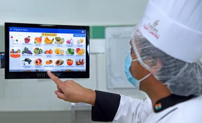 Emirates utilises artificial intelligence to cut food waste