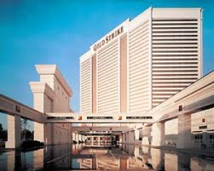 Gold Strike Casino Resort Tunica reopens