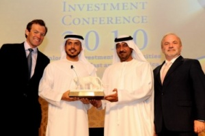 Sheikh Sultan Bin Tahnoon Al Nahyan takes AHIC 2010 Leadership Award
