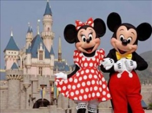 Euro Disney cuts losses as visitor numbers rise