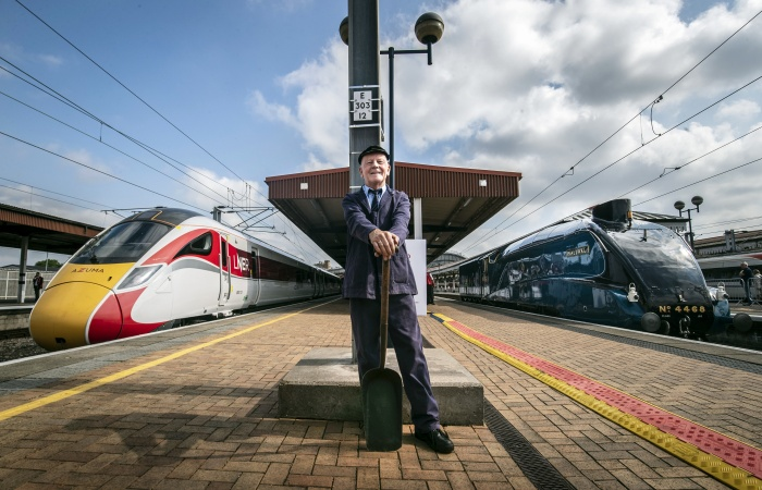 LNER prepares for Azuma launch with historic showcase