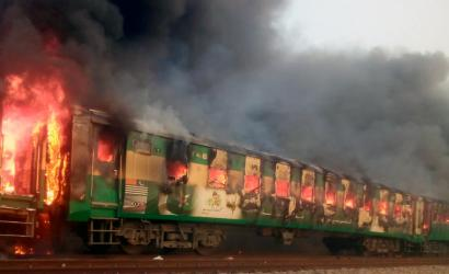 Dozens killed in Pakistan train blaze
