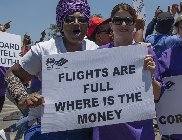 South African Airways union deal ends strike action