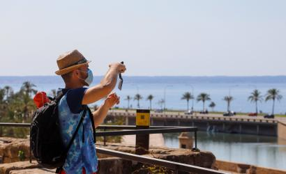 Spain removed from safe-travel list for British holidaymakers