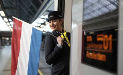 Eurostar launches commercial services to Amsterdam