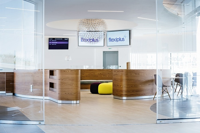 Eurotunnel welcomes new Flexiplus lounge at Coquelles, France