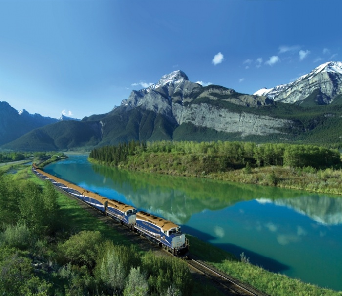 Rocky Mountaineer launches revamped Tracks training system
