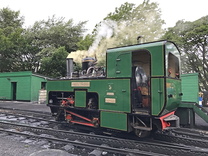 Historic locomotive steams back to Snowdon summit after 17 years