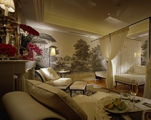 Get the Perfect Tan at Spa at Four Seasons George V Paris