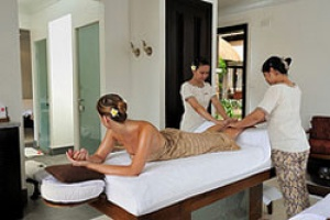 Free Champagne and Massage at The Grand Mauritian, a Luxury Resort & Spa.