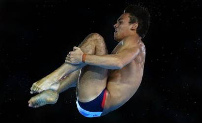 Tom Daley wins bronze medal for Team GB