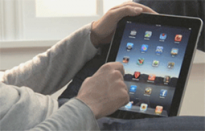 Qantas introduces iPads on flights to Honolulu