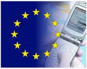 Cost of EU roaming charges falls again