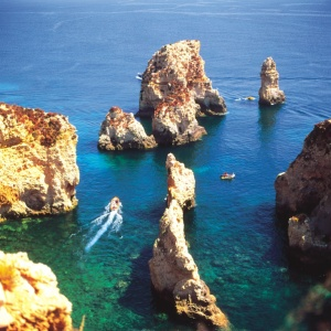 Breaking Travel News close up: Summer in the Algarve