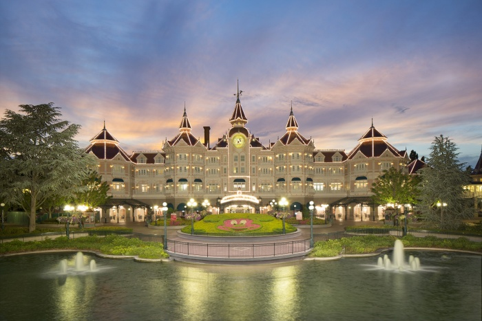 Seera seeks to send Saudi travellers to Disneyland Paris