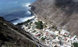 St Helena to become Africa-South America stepping stone