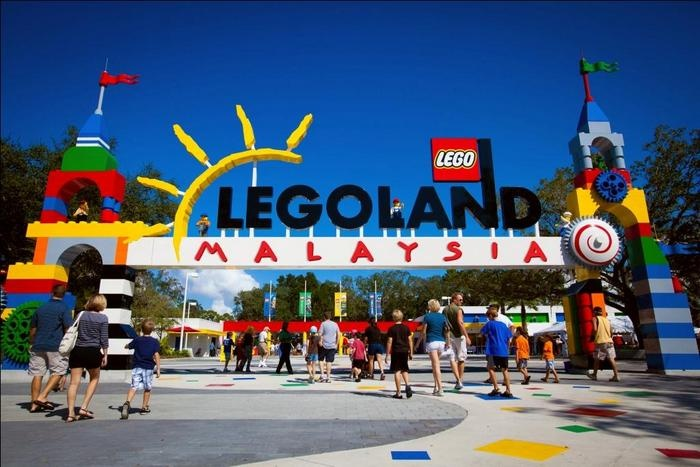 Lego founding family to acquire Merlin Entertainments