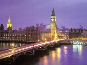 London is better than Paris, French tourism officials conclude