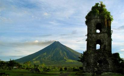 Mount Mayon eruption imminent as evacuation begins