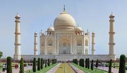 Last chance to see 7th wonder of modern world as Taj Mahal teeters on precipice