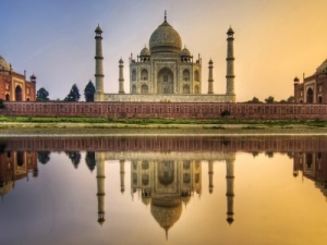 World Travel Awards offers tips on most romantic places to propose