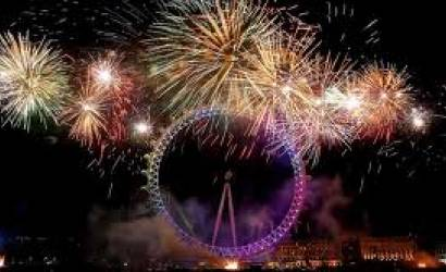 London gets ready for New Years Eve fireworks display