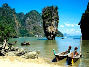 Thai tourism arrivals cross 22 million mark in 2012