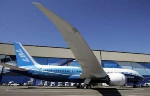Boeing delays Dreamliner once again
