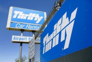 Dollar Thrifty throws support behind Hertz bid
