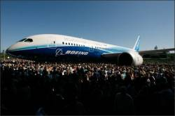 Boeing and Airbus do battle at Farnborough