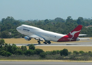 Qantas warns on potential losses