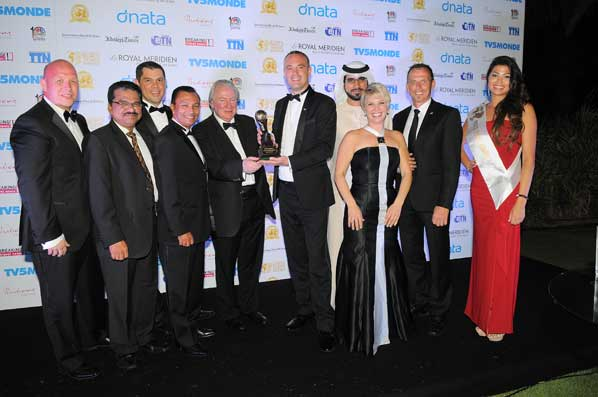 The Ja Resorts Hotels Team Celebrates With Wta Founder Graham Cooke At 2017 Grand Final In Doha