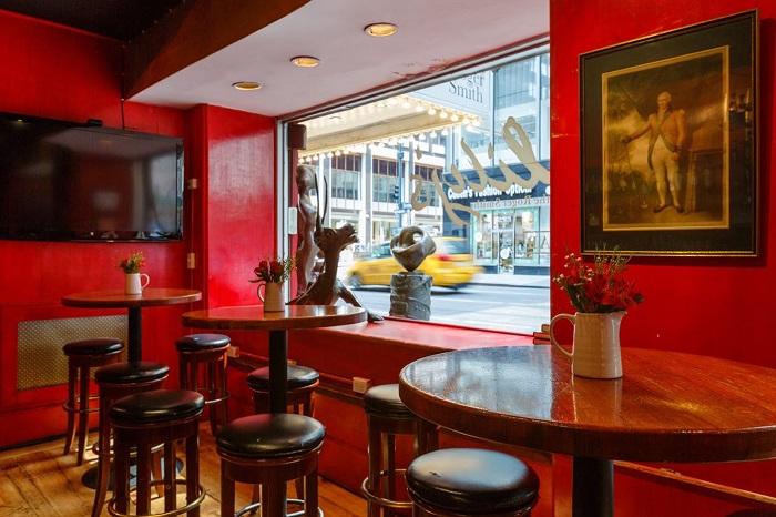 Focus: Breaking Travel News investigates: Roger Smith Hotel, New York
